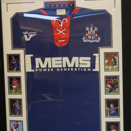 Framed shirt 2012-2013 team